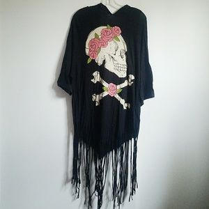 New listing! Wildfox skull fringe beach cover